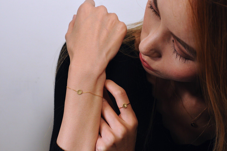 ピナコテーカ 674 スタンプ イニシャル ナンバー 数字 華奢ブレスレット 18金,pinacoteca Stamp Initial Number Bracelet K18
